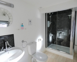 Rialto - Bempton Shower Room