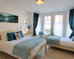 Rialto Apartments - Sewerby Bedroom